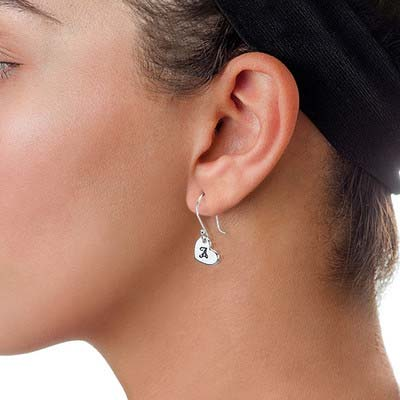 Hjerte øreringe med bogstaver i sølv - 1