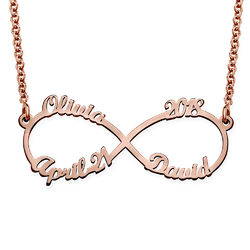 Infinity halskæde med fire navne i rosaforgyldt sølv produkt billede