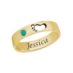 Indgraveret ring med babyfod guldbelagt produkt billede