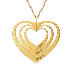 Hjerteformet familiehalskæde med navne i forgyldt sølv produkt billede