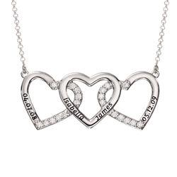 Hjertehalskæde med gravering og 3 hjerter i sølv produkt billede