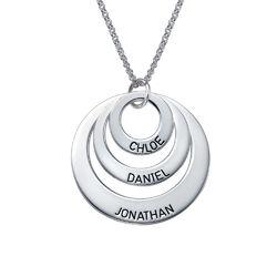 Morsmykke med tre cirkler og indgravering i sølv produkt billede