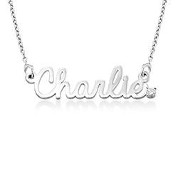 Kursiv halskæde med diamant og navn i sterlingsølv produkt billede