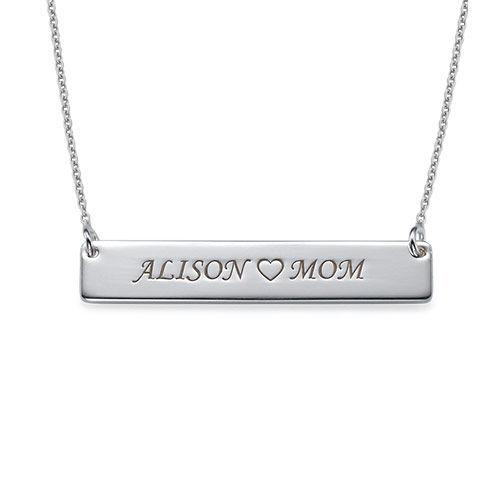Halssmykke i sølv med navneplade