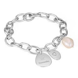 Personligt link armbånd med runde links og graverede charms i product photo