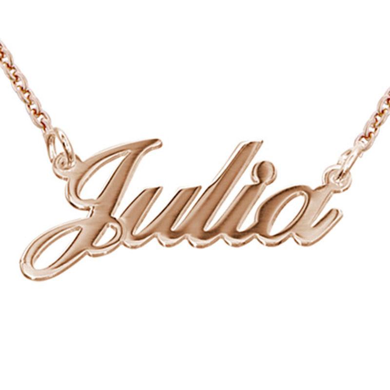 Collar Clásico con Nombre Fuente Clásica Chapado en Oro Rosa 18k foto de producto