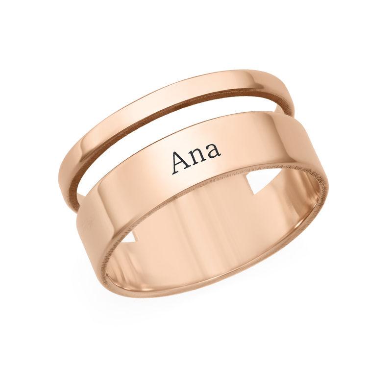Anillo asimetrico con Nombre en chapa de oro rosa foto de producto
