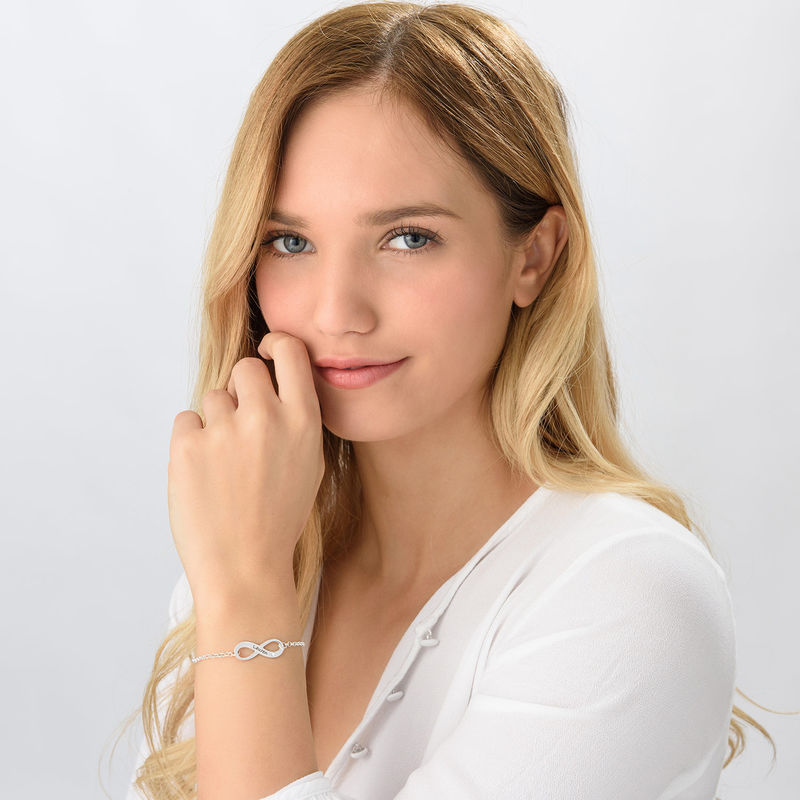 Sterling-hopeinen timanttirannekoru ääretön-merkillä - 1