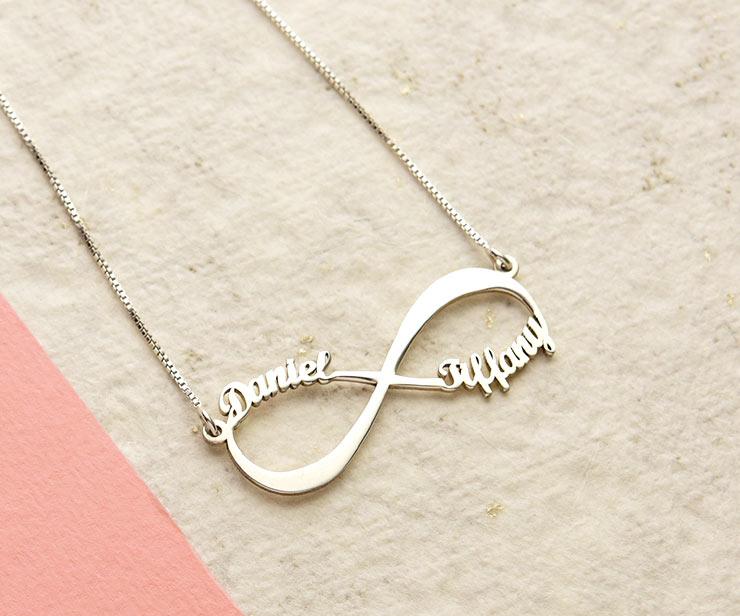 qualité incroyable livraison rapide comparer les prix Quelle est la signification d'un collier infini ?!   Mon ...