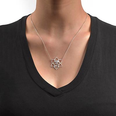 Fleur de Lotus avec symbole Om - 1