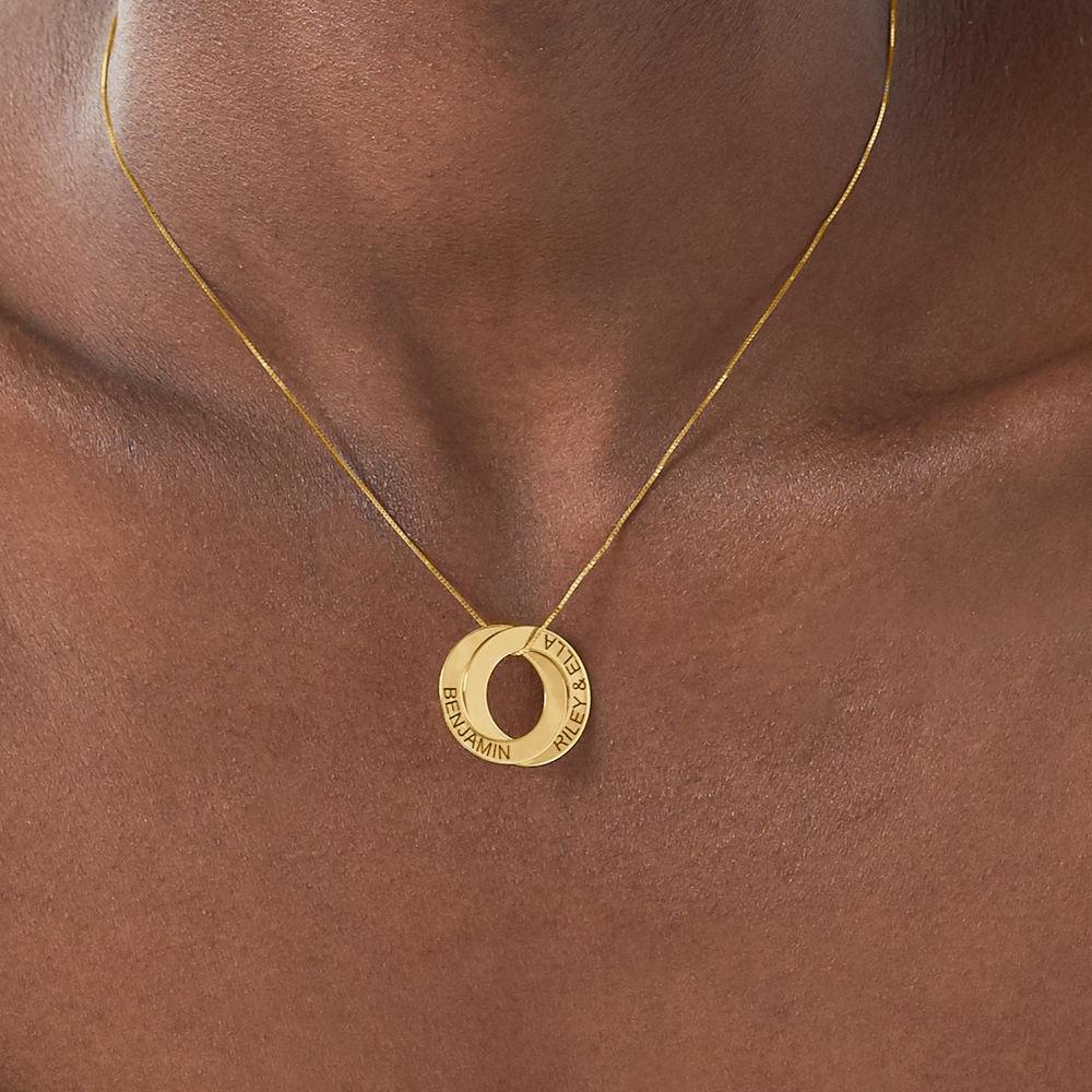 Collier avec 2 anneaux gravés en or 10 carats - 3