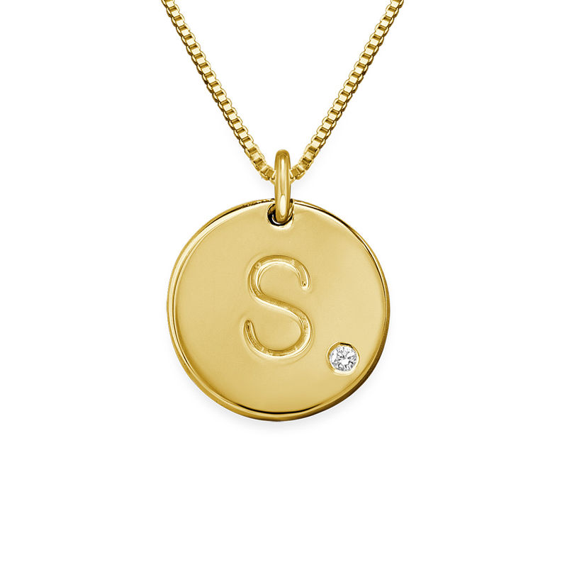 Collier médaille avec initiale en plaqué or avec diamant