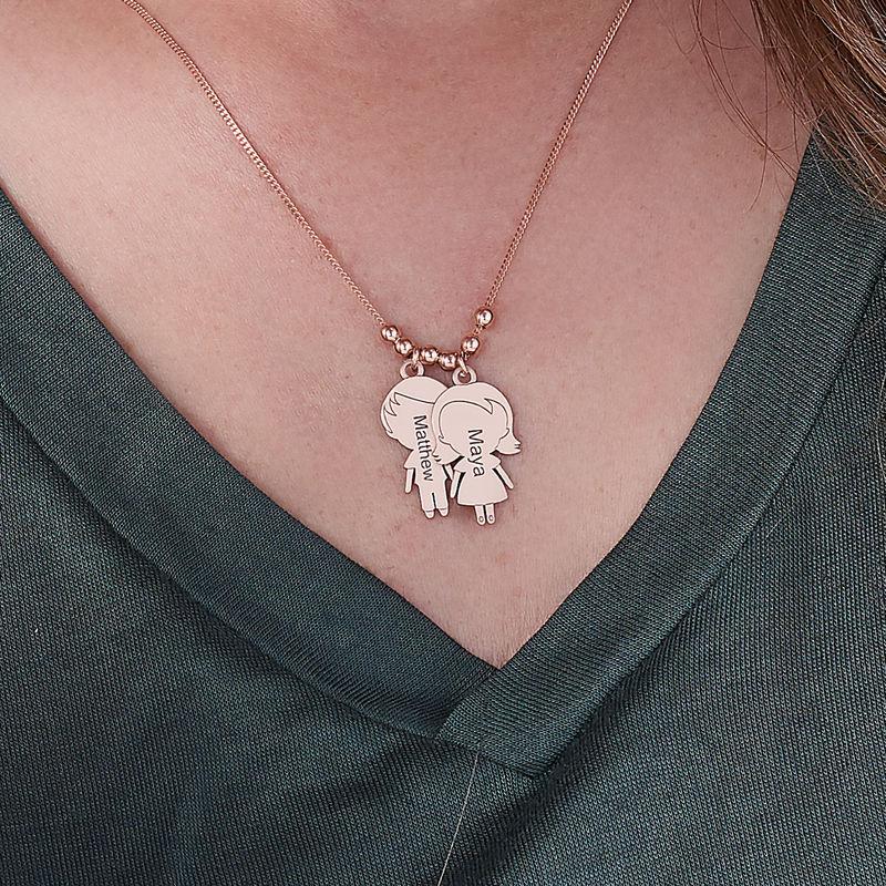 Collier avec pendentif enfants pour maman en plaqué or rose - 3