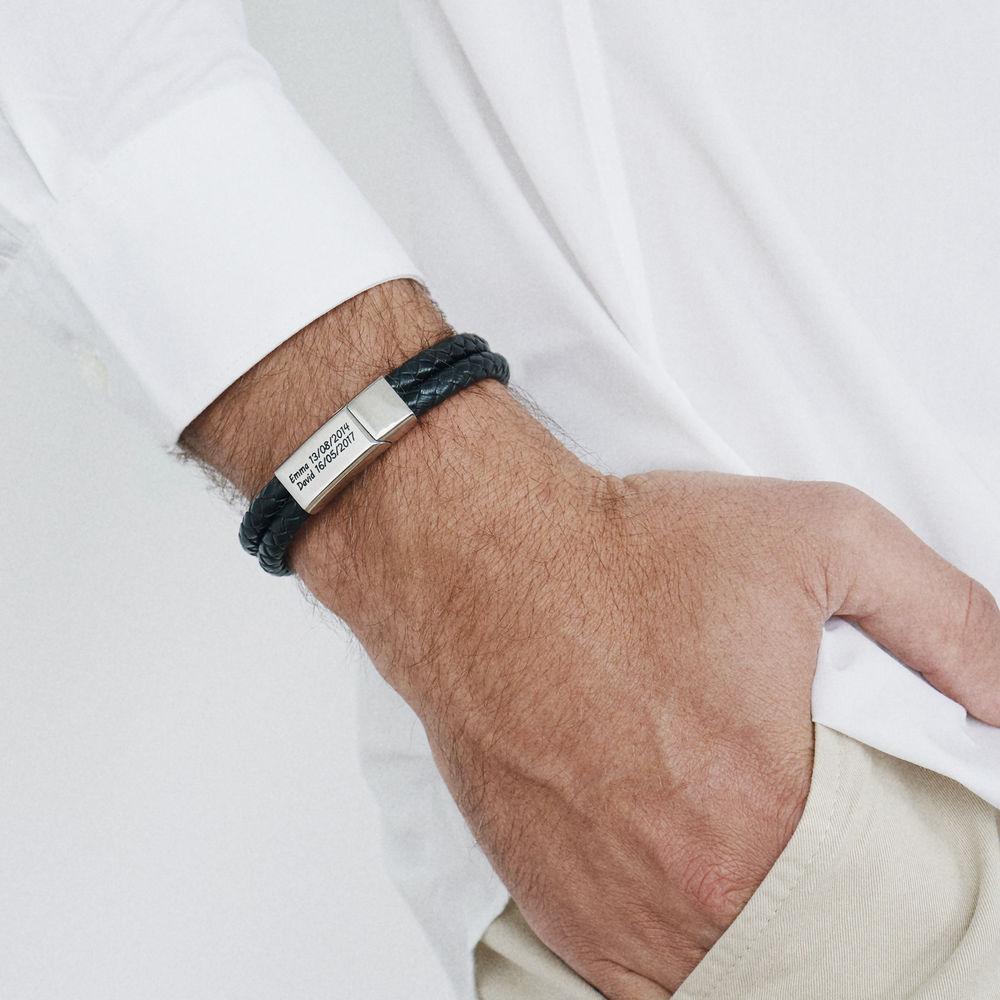Bracelet Gravé Pour Homme en Acier et Cuir Noir - 1