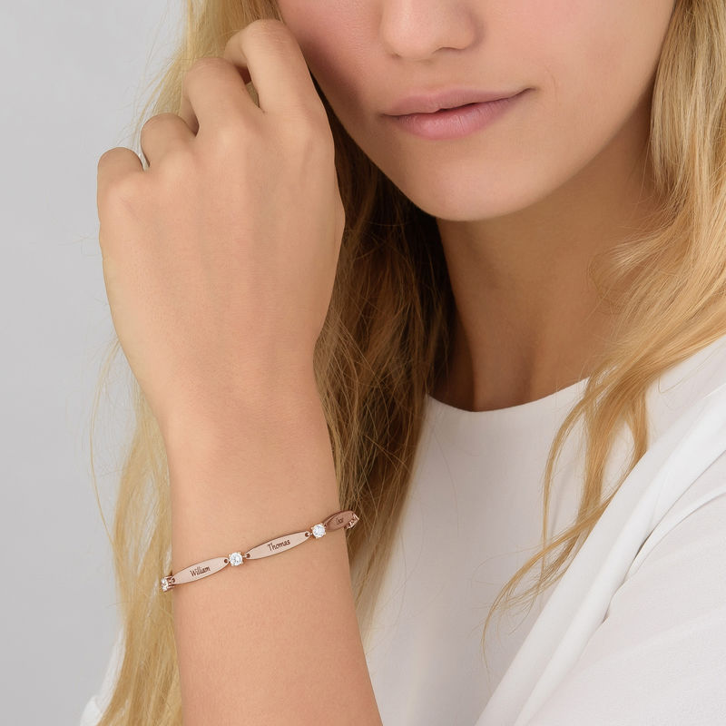 Bracelet maman gravé avec cubes de zirconium en plaqué or rose - 4
