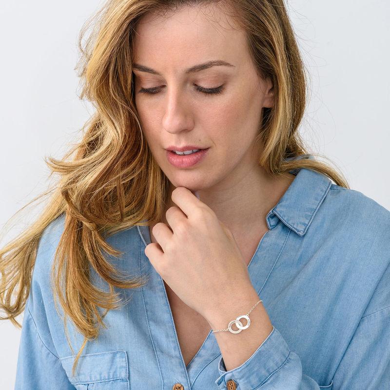 Bracelet anneaux entrelacés gravés en argent - 1