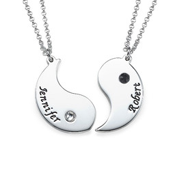 Collier couple Yin Yang gravé en argent product photo