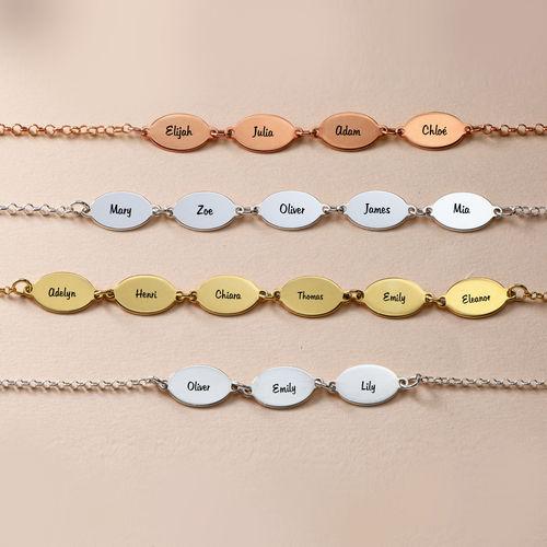 bracelet de famille personnalis pour maman avec le nom des enfants pendentifs ovales. Black Bedroom Furniture Sets. Home Design Ideas
