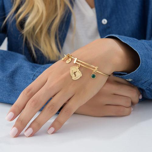 Bracelet jonc Pieds de bébé en plaqué or - 5