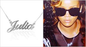 Rihanna avec un Collier prénom en Argent