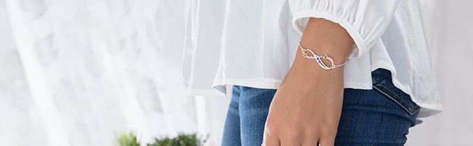 Infinity bracelets gold and silver
