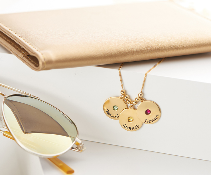 The Top 10 Birthstone Jewelry for Mom
