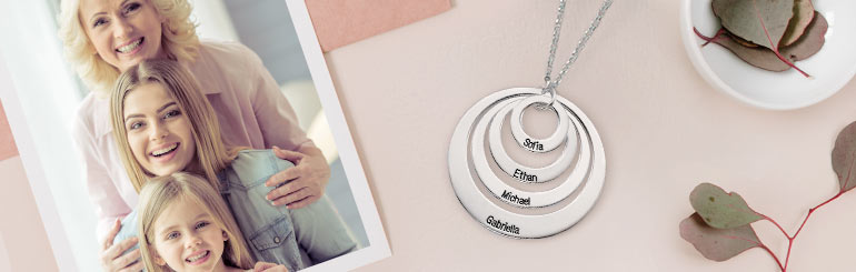 10 Perfect Grandma Gifts for Mother's Day_2