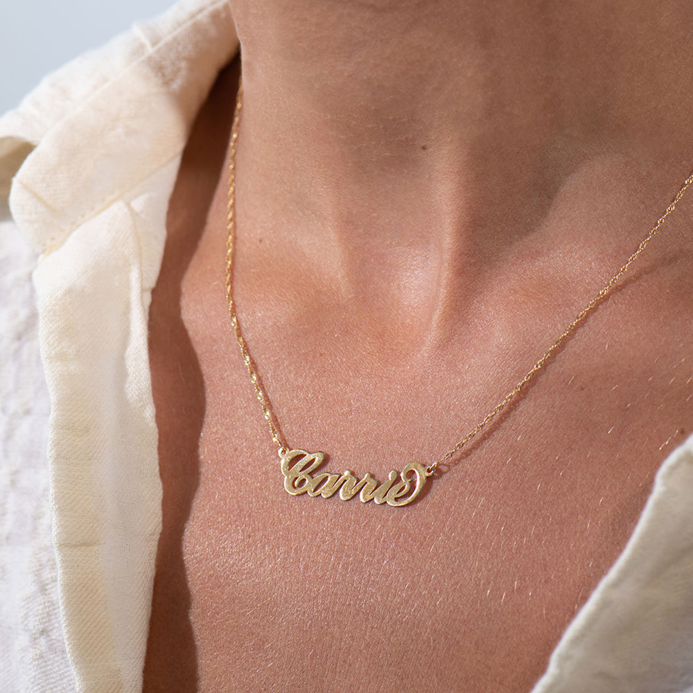 14k Solid Yellow Gold Personalized Name Pendant Gold .8 mm thickness 2 gr chain