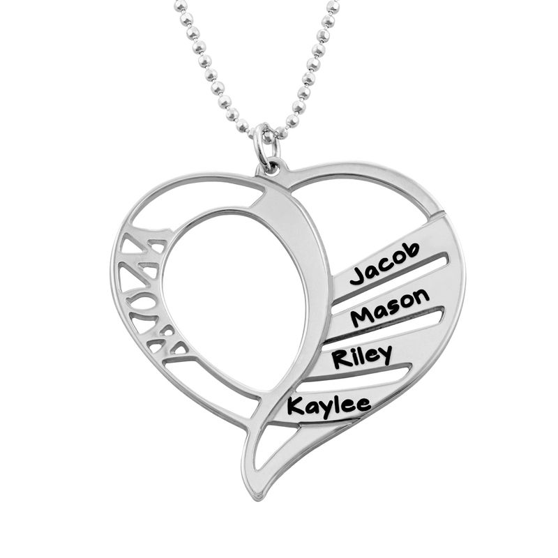 Engraved Mom Necklace in Sterling Silver