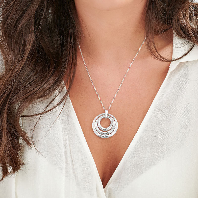 Engraved Circle Necklace for Mom in Sterling Silver - 2