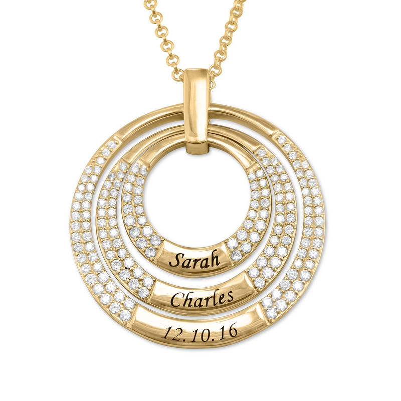 Engraved Circle Necklace for Mom in Gold Plating