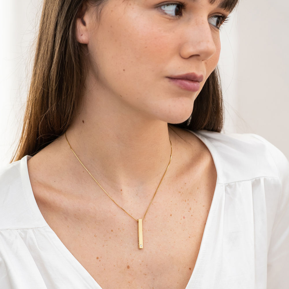 Vertical 3D Bar Necklace in 18k Gold Vermeil with a Diamond - 2