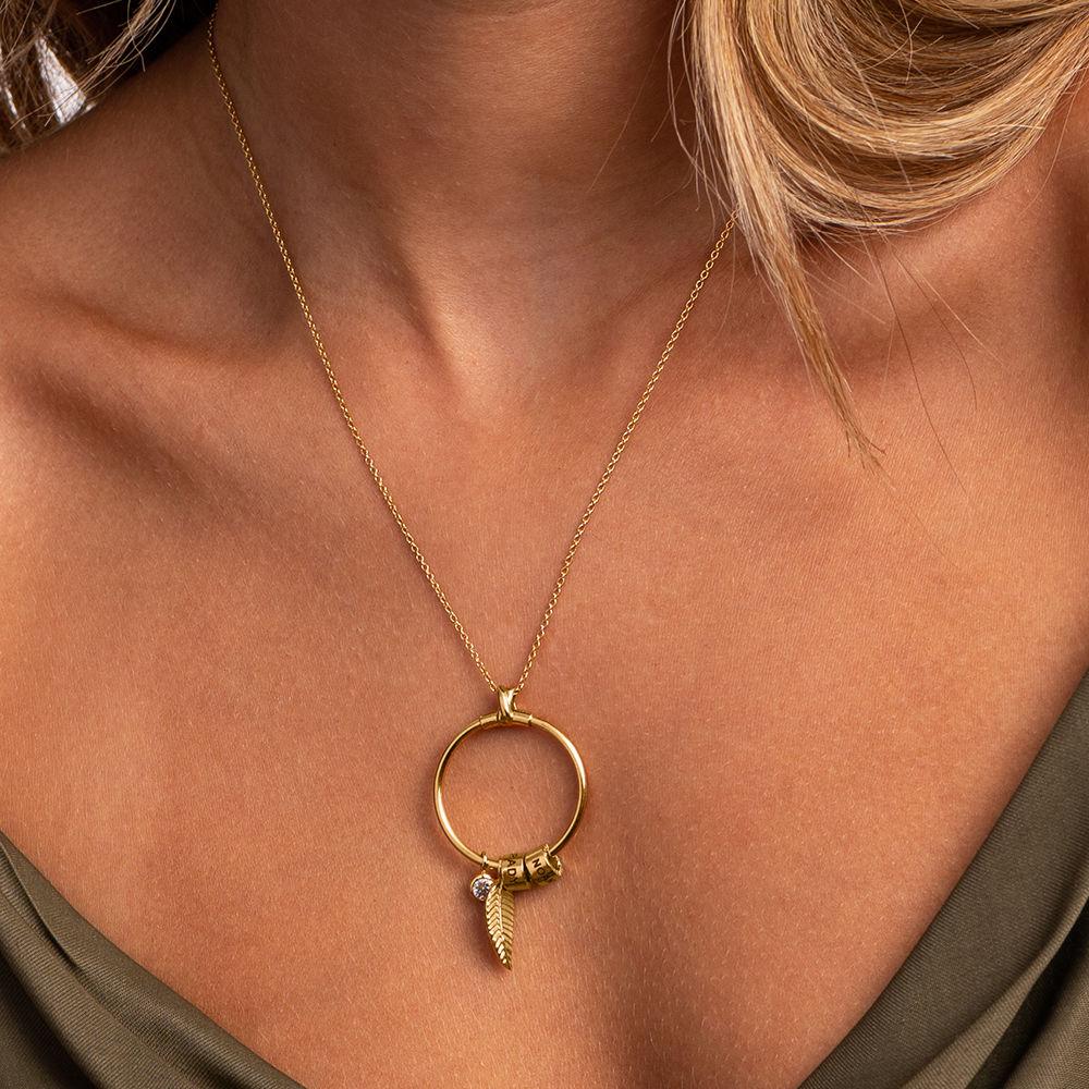 Linda Circle Pendant Necklace in 18k Gold Plating - 3