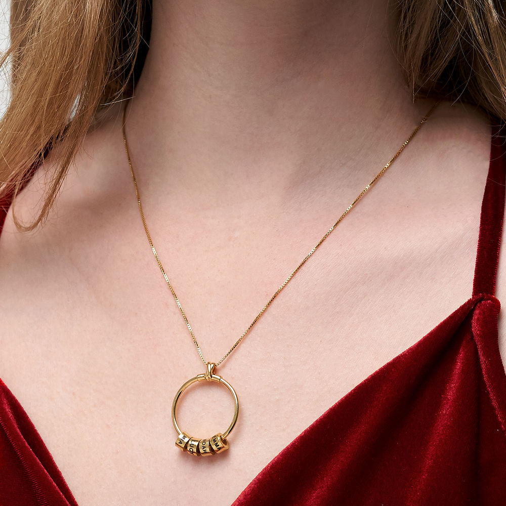 Linda Circle Pendant Necklace in 18k Gold Plating - 6