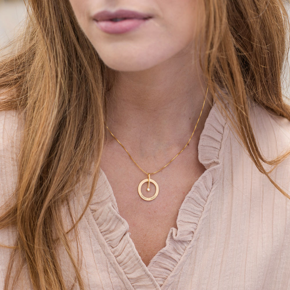 Personalized Circle Necklace with Diamond in 18K Gold Vermeil - 4