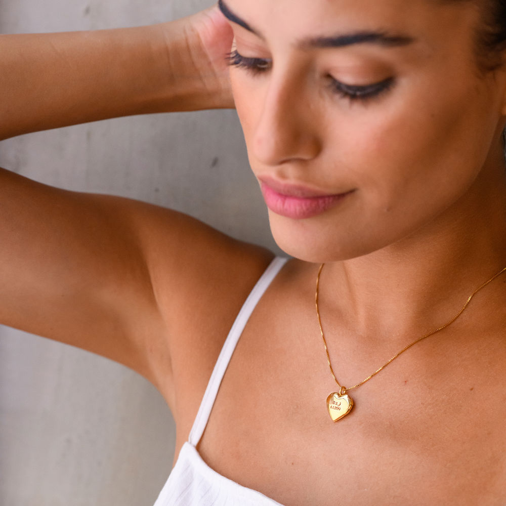 Heart Pendant Necklace with Engraving in Gold Vermeil - 4