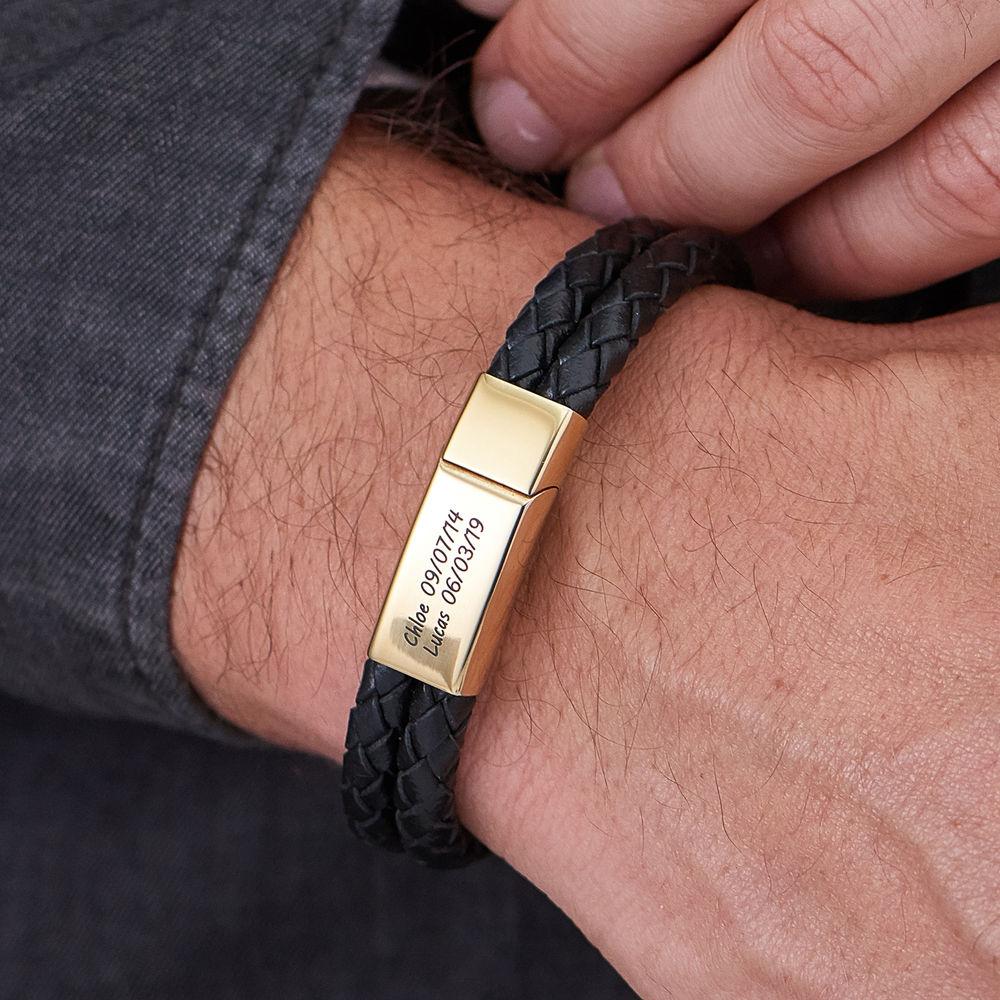 Engraved Bracelet for Men in Black Leather and Gold Plating - 2