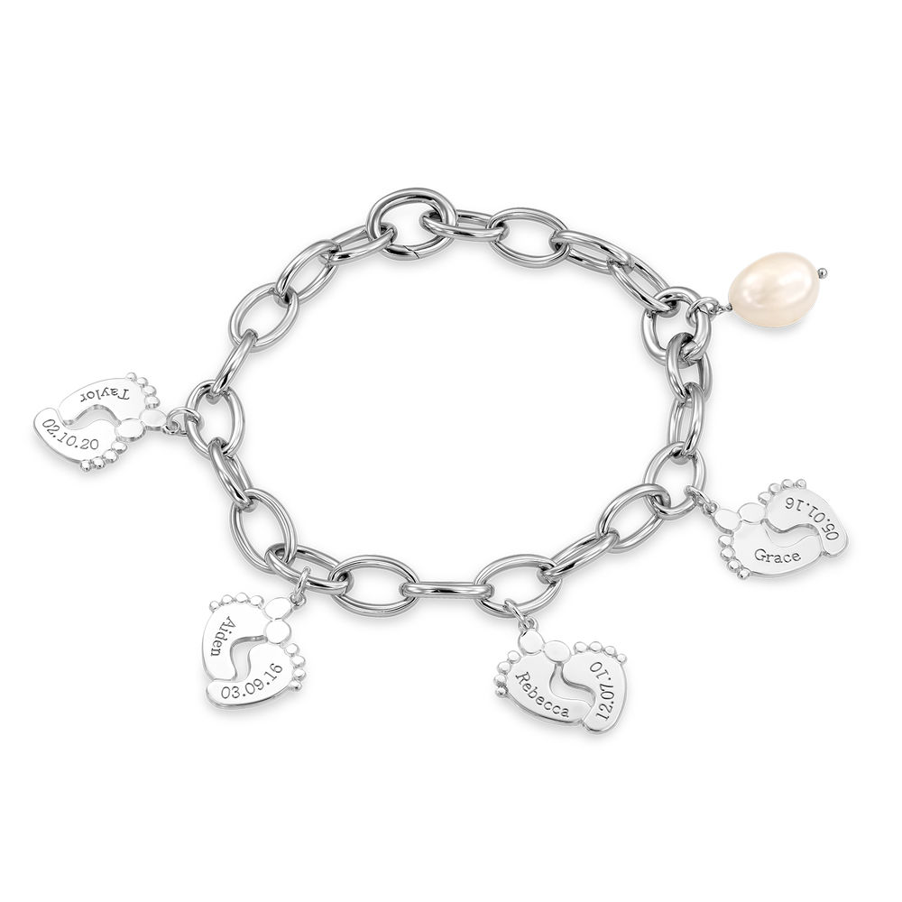 Mom Bracelet with Baby Feet Charms in Sterling Silver