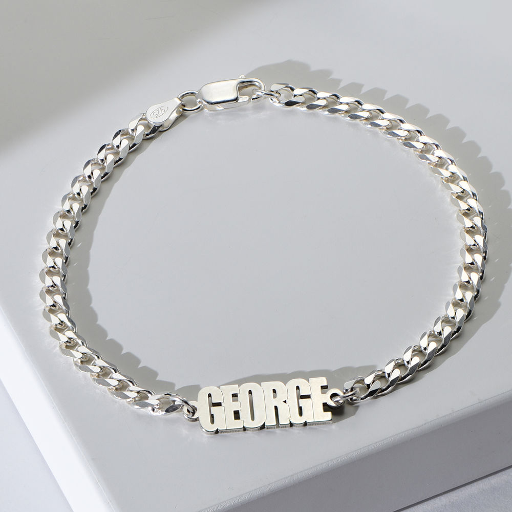 Thick Chain Name Bracelet in Sterling Siver - 1