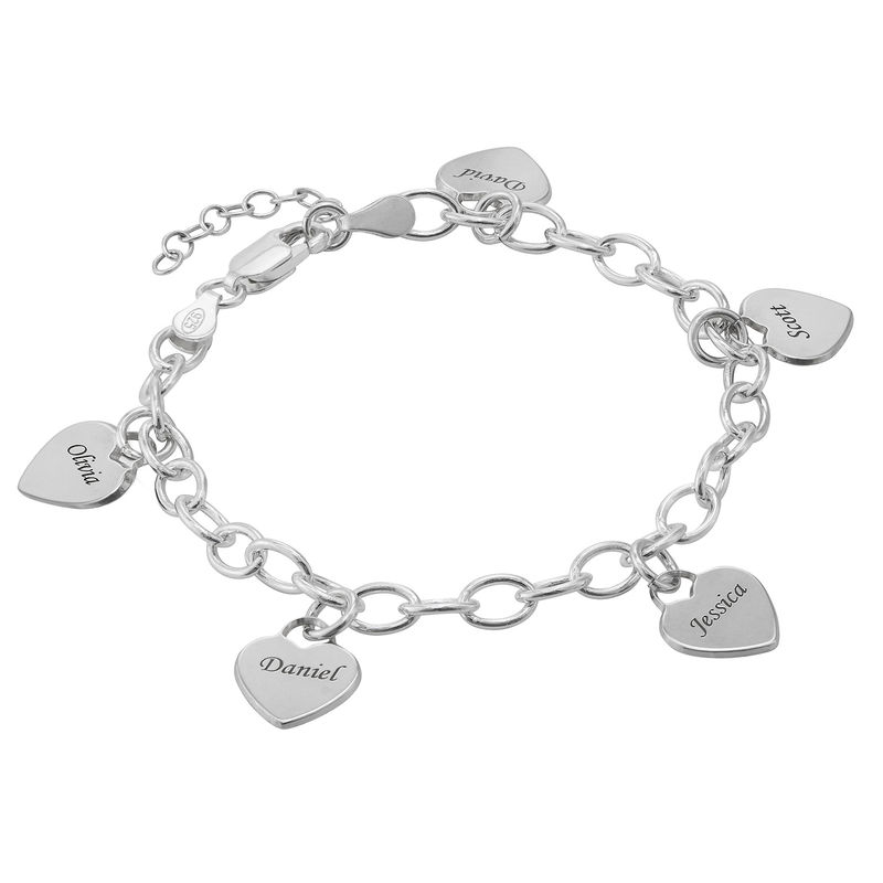 Link Bracelet with Heart Charms in Sterling Silver