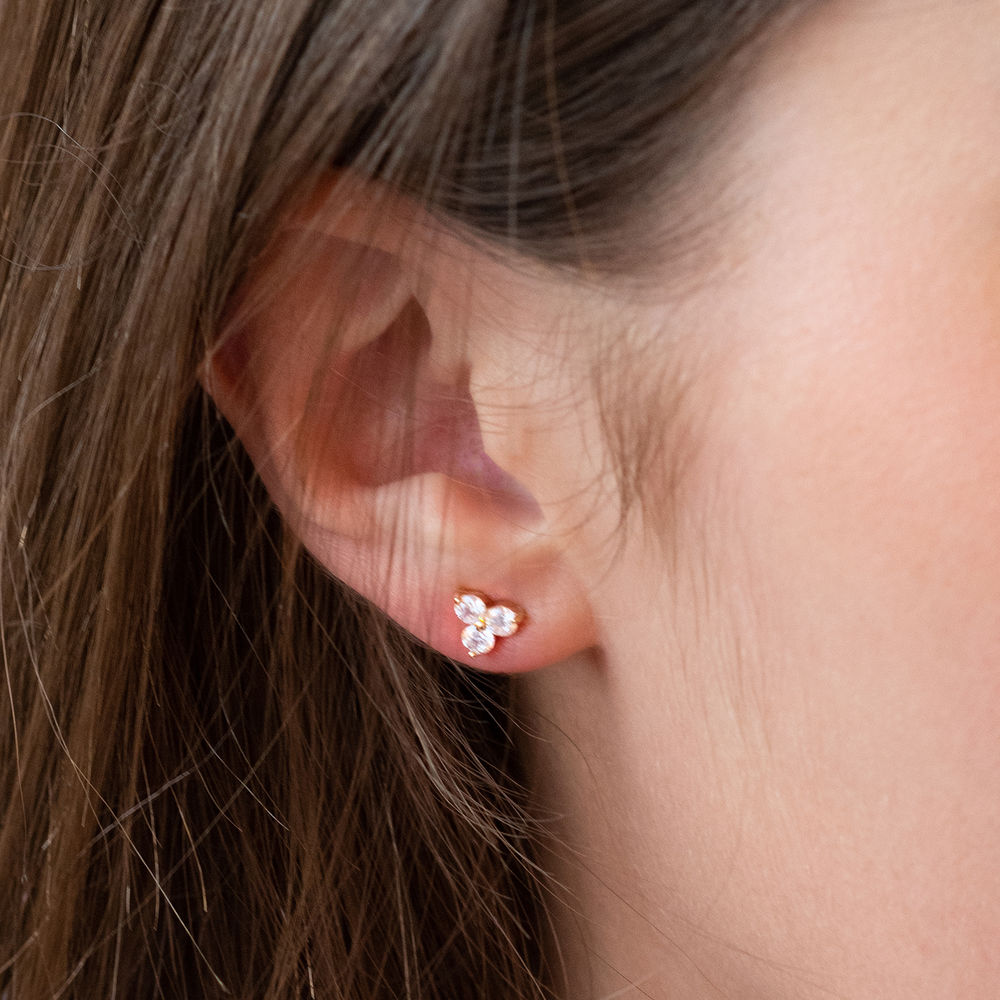 Flower stud earrings with cubic zirkonia in gold plating - 1