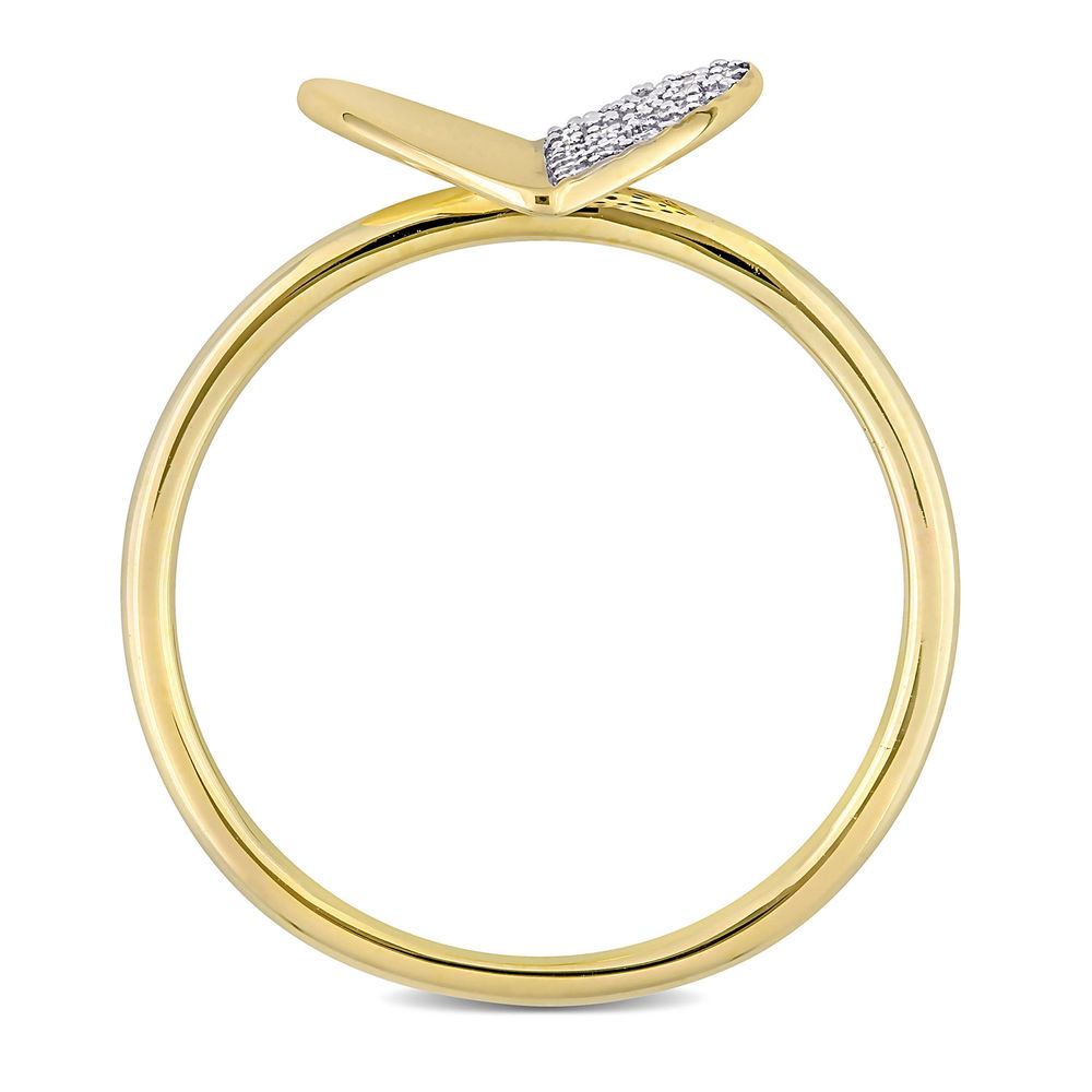 1/10 CT. T.W. Diamond Laser-Cut Heart Ring in 10k Yellow Gold - 2