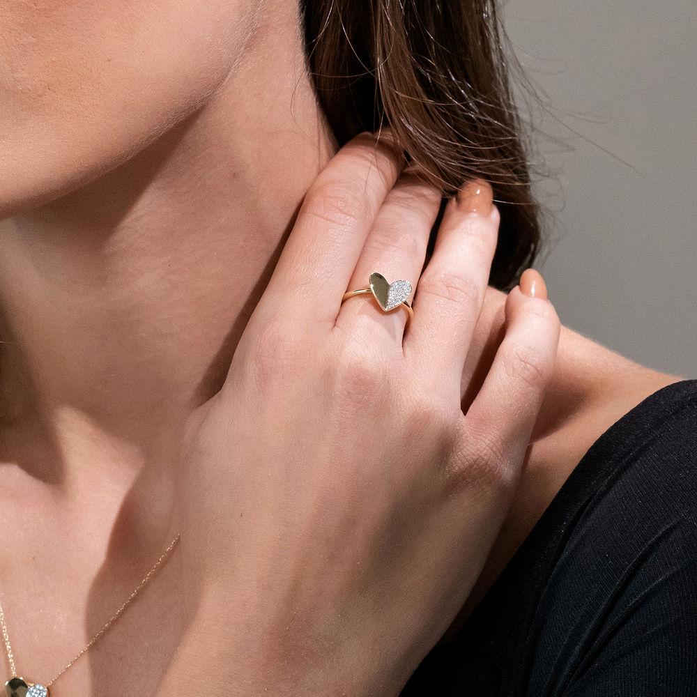 1/10 CT. T.W. Diamond Laser-Cut Heart Ring in 10k Yellow Gold - 3