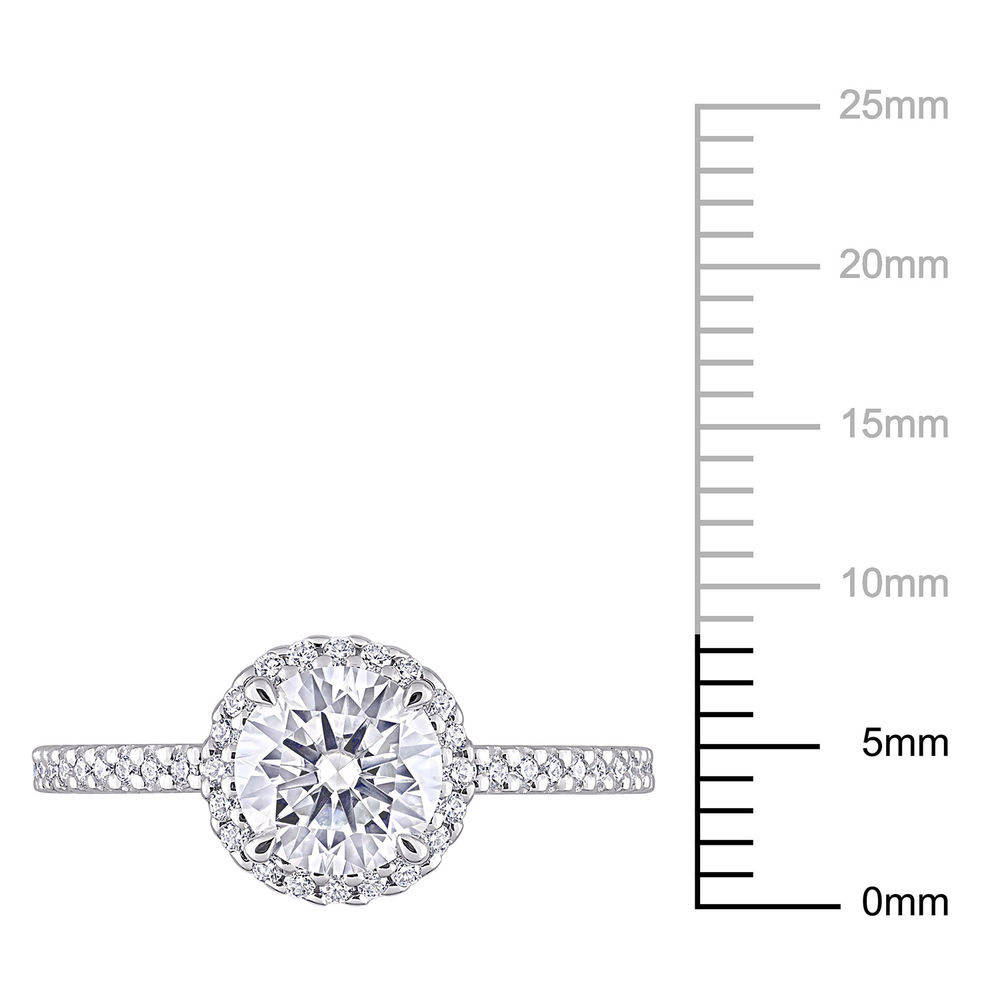 1 1/4 C.T T.G.W. Moissanite Round-cut Ring Sterling Silver - 5