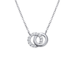 Forever linked Circle Necklace product photo