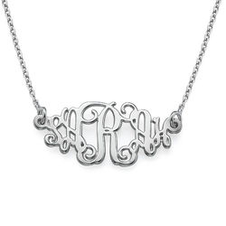 Personalized Jewelry Monogram Style Name Necklace product photo