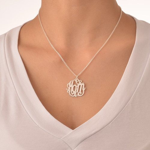 Mom Necklace in Sterling Silver - 1