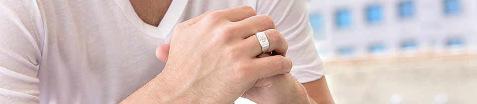 Engraved rings for men