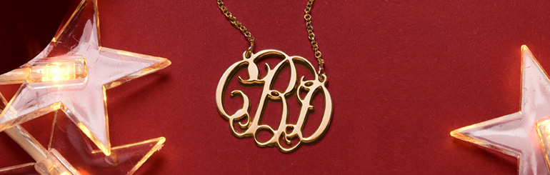 5 Best Monogram Jewelry for Christmas