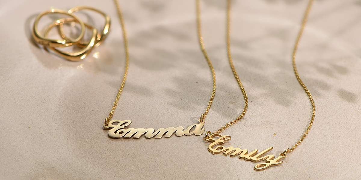 small-classic-name-necklace-in-18k-gold-plated-sterling-silver